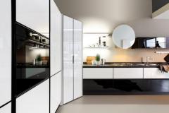 luce-particolare-vetro-laccato-bianco-lucido-1138x750