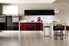 luce-vetro-laccato-rosso-lucido-e-laccato-lrosso-lucifo-1200x671