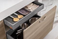 mango-particolare-laminato-frassinato-style-2-500x750